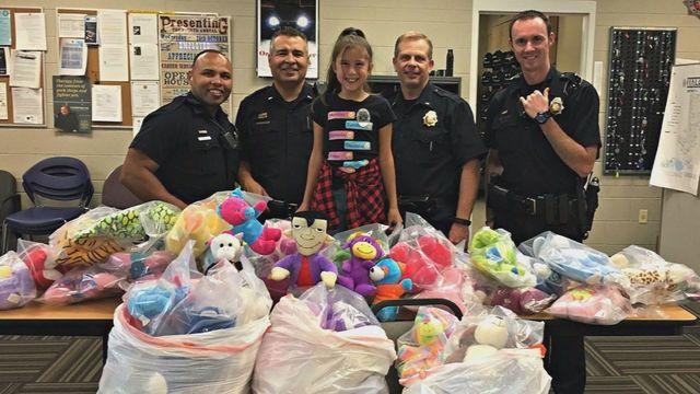 Girl Donates Stuffed Animals to Police to Help Kids During Traumatic Events