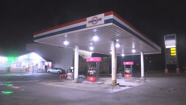Hopkins PD search for 3 suspects in gas station robbery