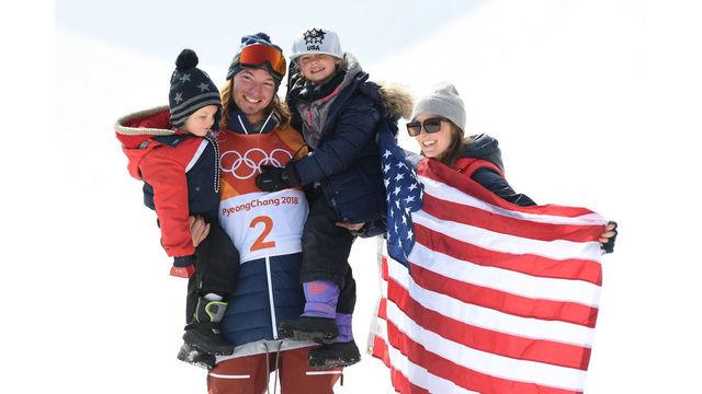 Olympic skiers win medals in men's halfpipe