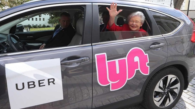 Governor Ivey Signs Bill Allowing Uber and Lyft statewide in Alabama