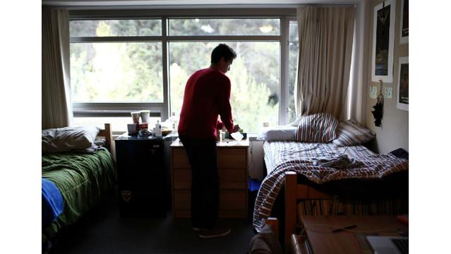 'Rude' college freshman sends list of demands to roommates