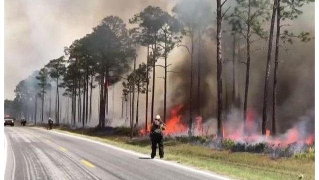 Hot, dry conditions continue to spread Okefenokee wildfire towards St. George