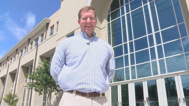 Auburn High School history teacher wins state award