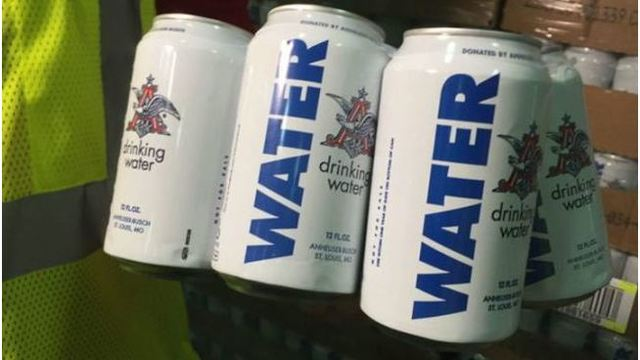 Anheuser-Busch brewery sends more than 500K cans of water to Harvey victims