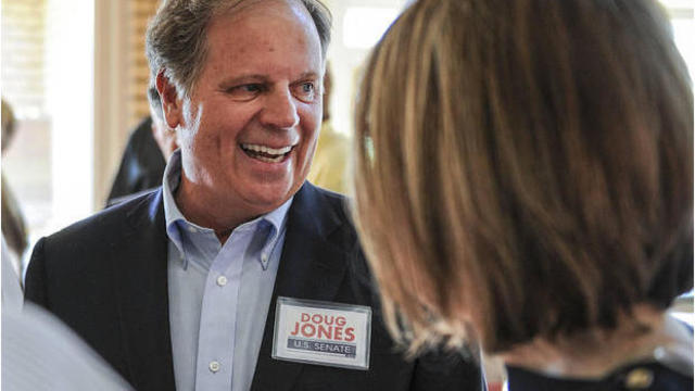 Final push for Moore and Jones in Alabama Senate race