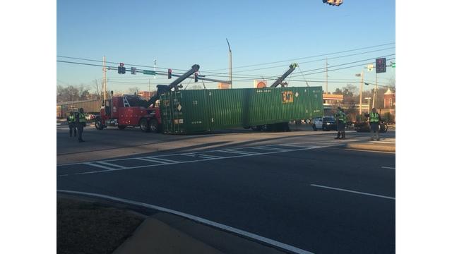 Tractor-trailer crash blocks traffic on Veterans Pkwy; crash cleared