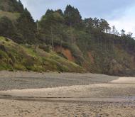 Beachslideshowhugpoint