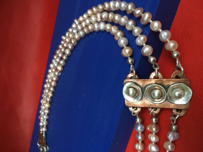 Necklace by Toos Roozen-Evans (Image provided)
