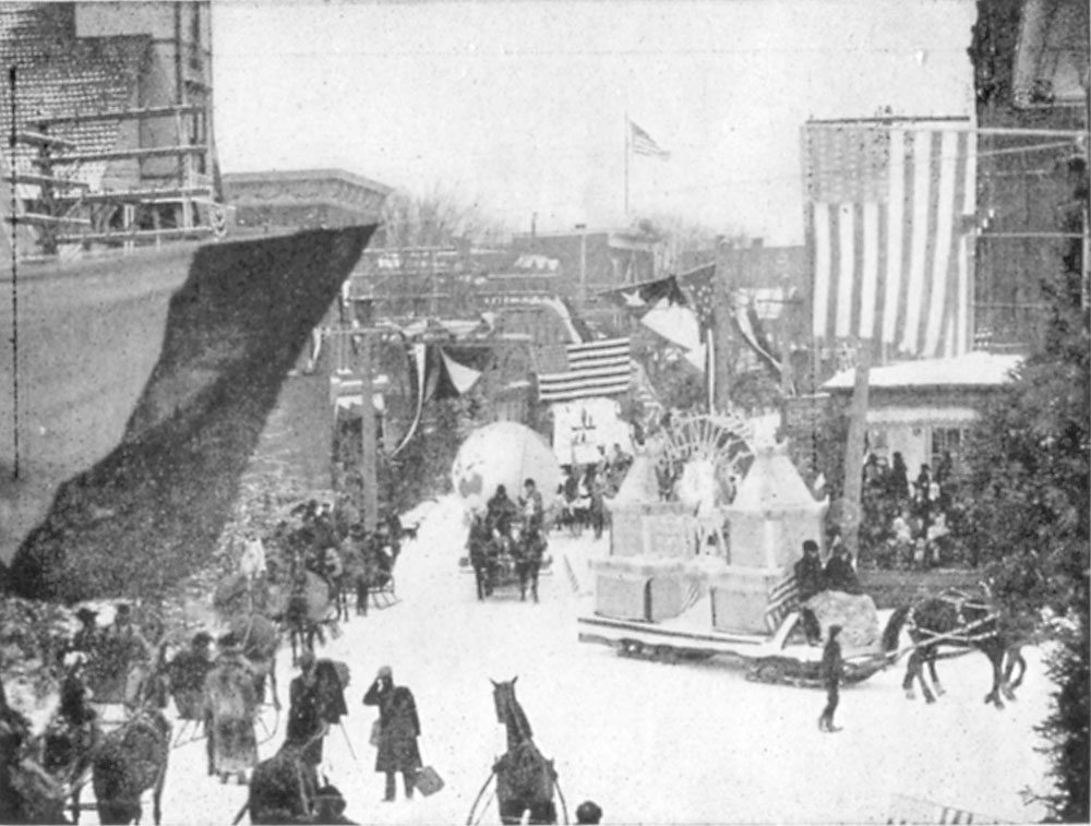 The parade (Image courtesy of the Souvenir Program and Summary of Events, 1911 Carnival)