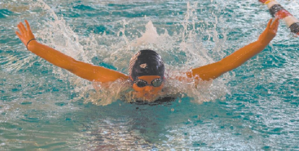 Hollis Girl Swims To Pair Of Ne Titles News Sports Jobs The Cabinet Press