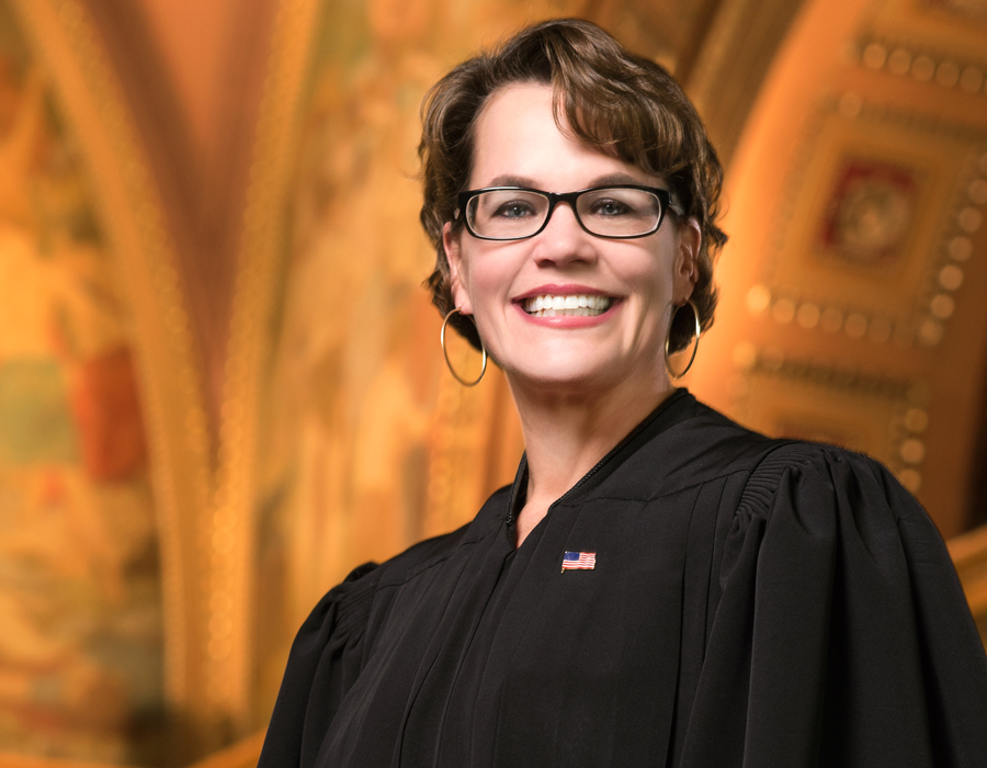 Judge Wendy Davis, photography by Neal Bruns