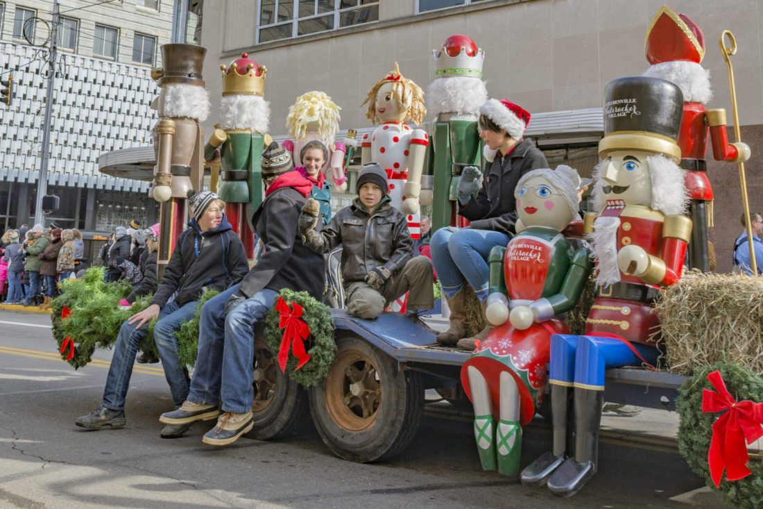 Annual Sights and Sounds Christmas parade scheduled for Dec. 9 ...