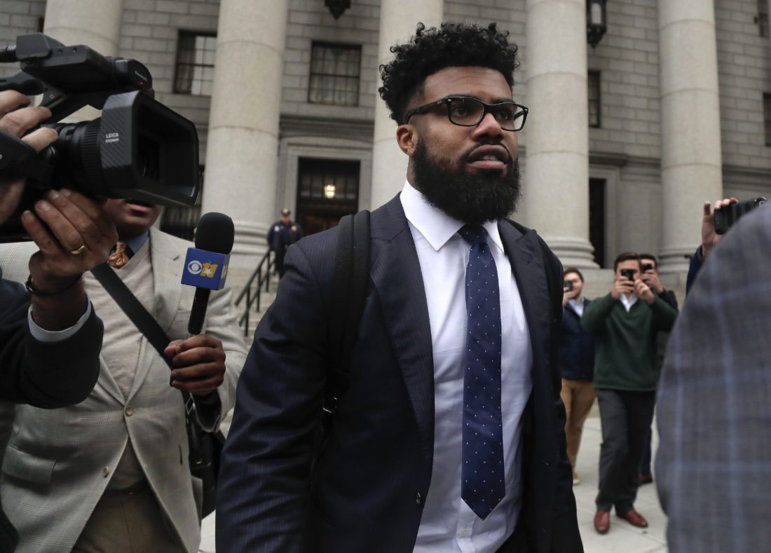 Dallas Cowboys NFL football star Ezekiel Elliott walks out of federal court, Thursday, Nov. 9, 2017, in New York. Elliott's lawyers argued before a Manhattan federal appeals court on whether the Cowboys running back should be allowed to play while three judges decide the fate of his six-game suspension for alleged domestic violence. (AP Photo/Julie Jacobson)