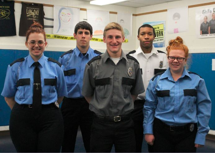 Students Complete Security Training News Sports Jobs The