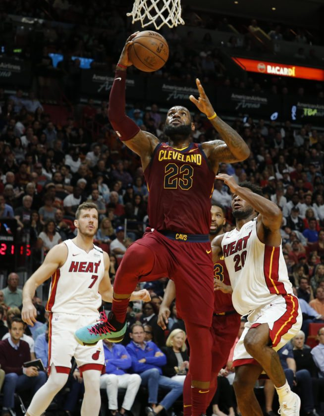 LeBron James says he'd vote for himself in MVP race