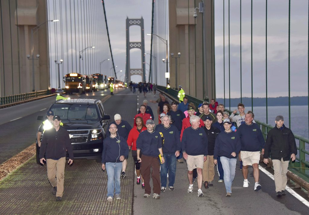 Thousand walk across 'Mighty Mac' for Labor Day Bridge Walk