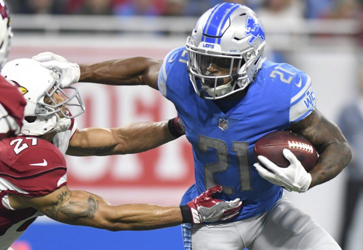 Detroit Lions running back Ameer Abdullah (21) runs against the Arizona Cardinals during the first half of an NFL football game in Detroit on Sunday. (AP Photo/Jose Juarez)