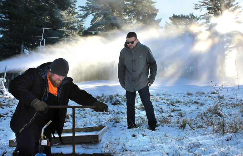 Pine-mtn-snow-making1