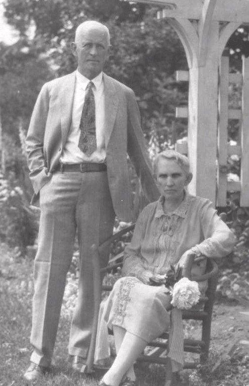 Edward G. and Minnie Kingsford