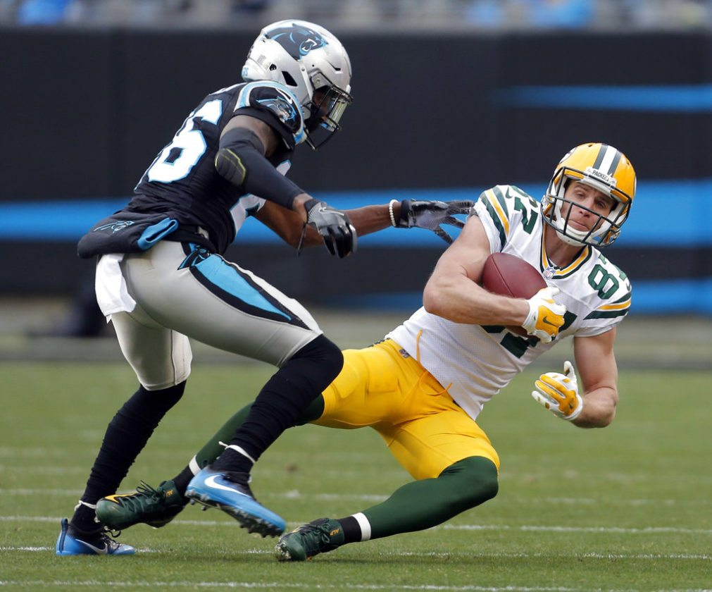 Raiders sign wide receiver Jordy Nelson, release Crabtree