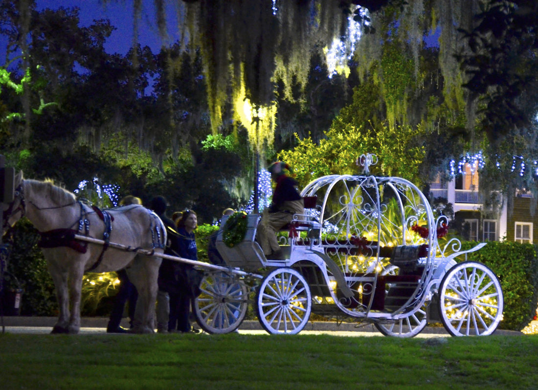 There are three different style carriages available on Jekyll Island to provide rides for tours of the club's historic district.