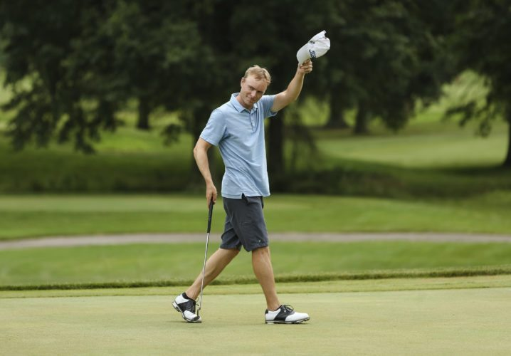 David Bradshaw tips his hat as he wins the West Virginia Open golf tournament Friday, July 21, 2017, at Edgewood Country Club in Sissonville, W.Va. (Sholten Singer/The Herald-Dispatch via AP)