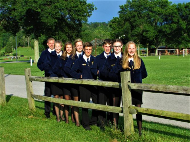 Team members from left to right are: Karter Schroyer, Lindsey Carpenter, Amanda Lilly, Jenna Daniel, Andrew Chapman, Cameron Jennings, MaKinzee Seal, and Rylee Brown. (Submitted photo)