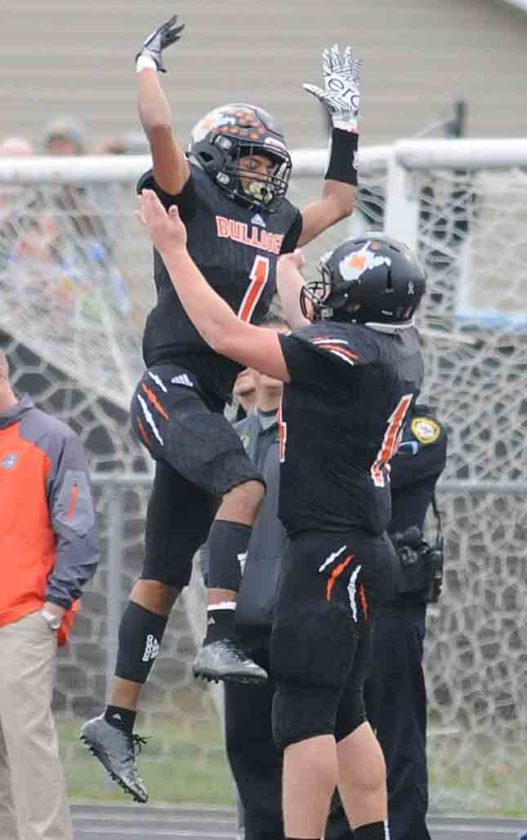 Jarod Bowie of Martinsburg celebrates a touchdown reception on Saturday. (Journal photo by Ron Agnir)