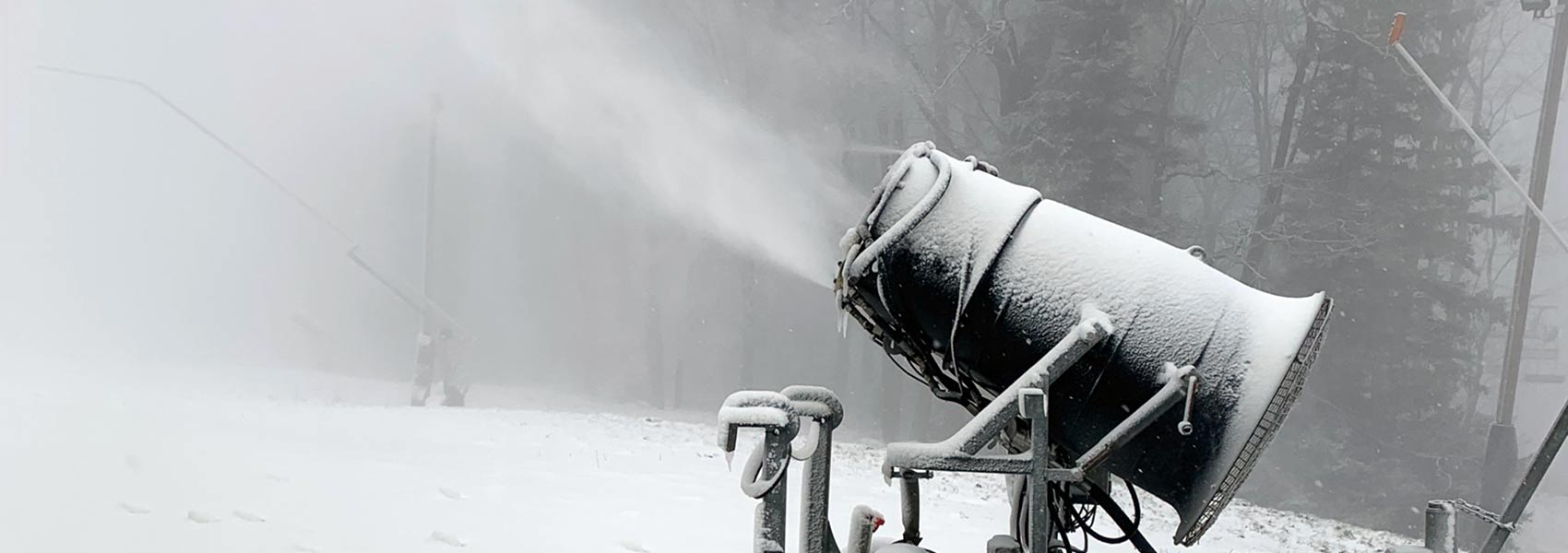 Snowmaking at Laurel Mountain