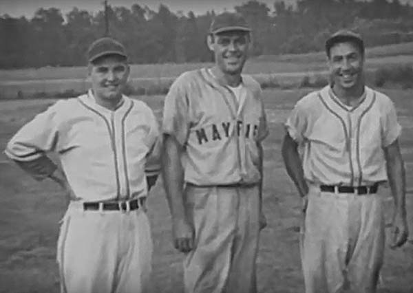 Larry Kelley, center, was a member of the Mayfield Pirates semi-pro baseball team in the late-1940s. (Photo submitted)