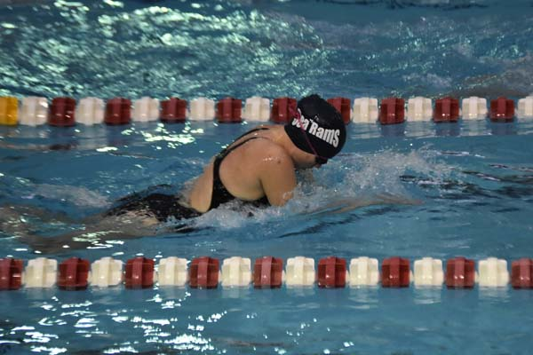 Kayla Dzikowicz competed for the Amsterdam Sea Rams at the Starfish Invitational at Rensselaer Polytechnic Institute. (Photo contributed by Sarah Dzikowicz)
