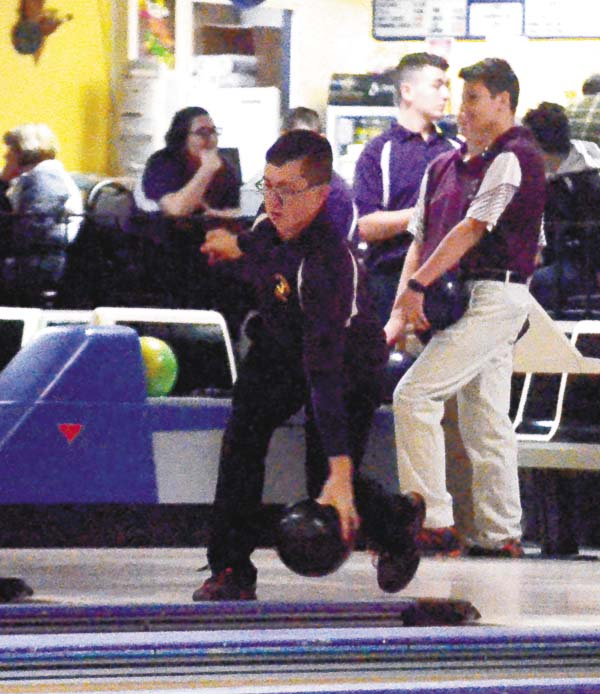 Johnstown's Andy Sitterly warms up for the Sir Bills' Foothills Council match against Gloversville Monday at Arterial Lanes. (The Leader-Herald/James A. Ellis)