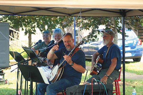 Durey Creek Bluegrass Band (Photo submitted)