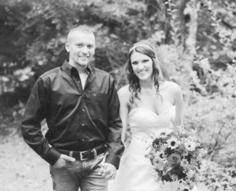 Mr. and Mrs. Colton Peachey