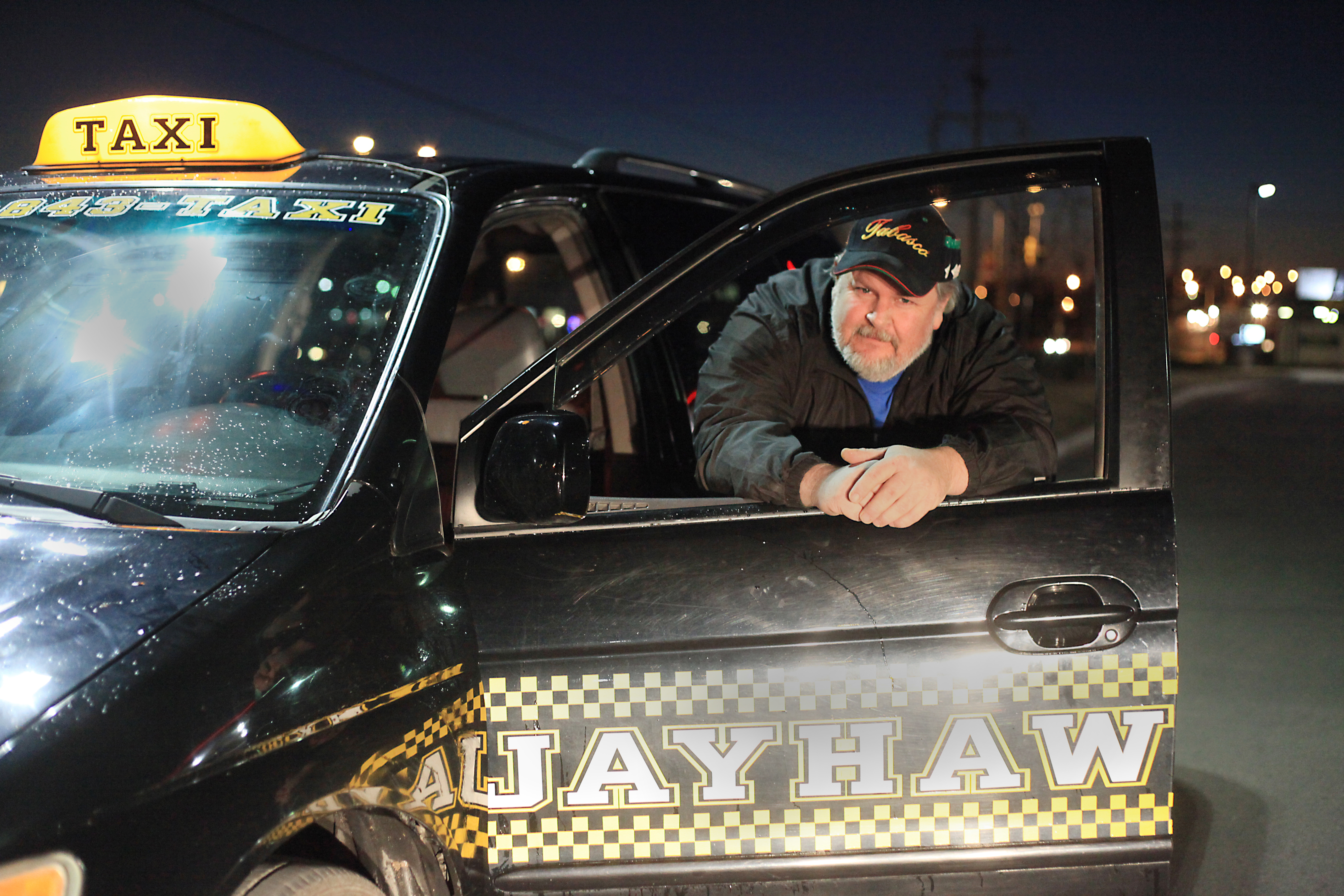 Taxi Driver Gets Glimpse Into Many Walks Of Life News Sports