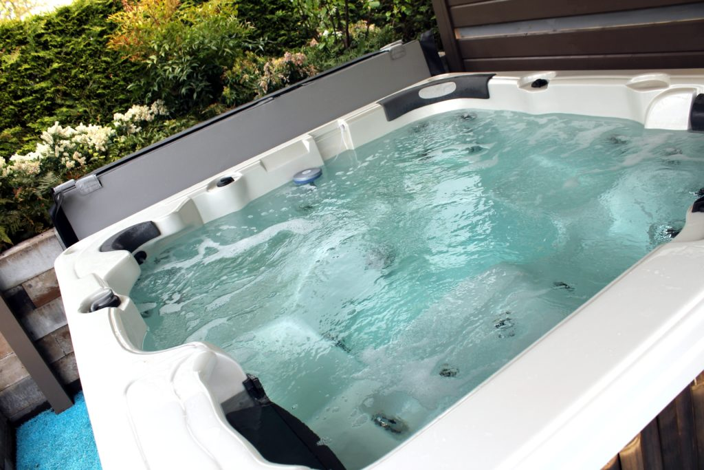 Fix-It Chick: Flush a whirlpool tub\'s jets to keep bacteria, mold at ...