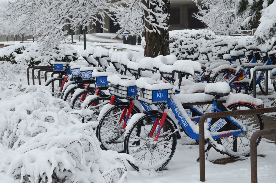Weekend bringing more snow, subzero wind chills to Lawrence