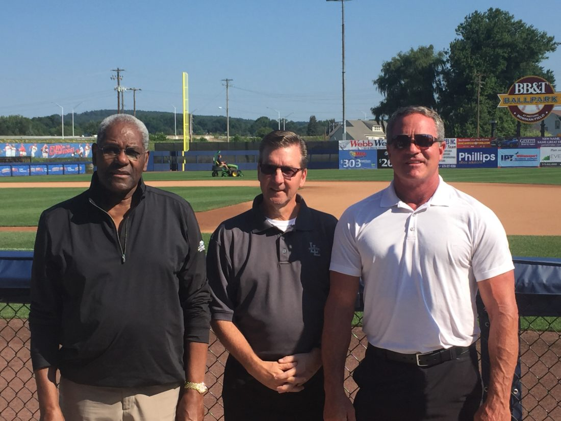 MLB Hall of Famer Bob Gibson (left) and former player Andy Van Slyke (right) pictured  with Little League CEO  Steve Keener (center).