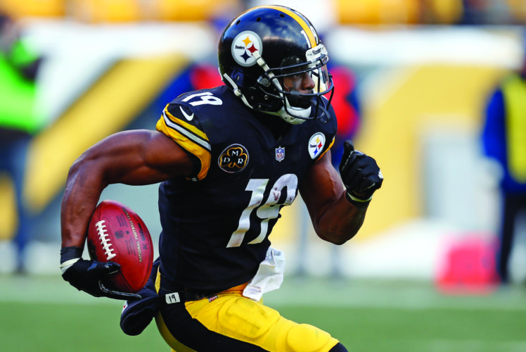 Pittsburgh Steelers wide receiver JuJu Smith-Schuster (19) returns a kickoff 96-yards for a touchdown during the second half of an NFL football game against the Cleveland Browns in Pittsburgh, Sunday, Dec. 31, 2017. (AP Photo/Keith Srakocic)
