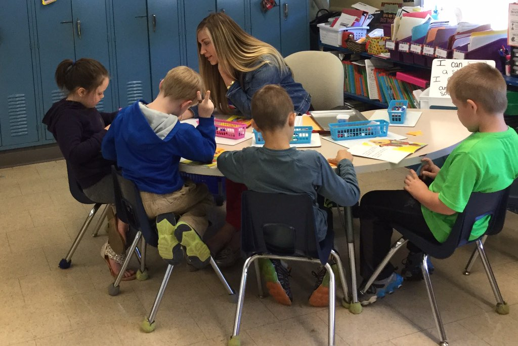 Jessica Smith, a first grade teacher, with students at Putnam Elementary.