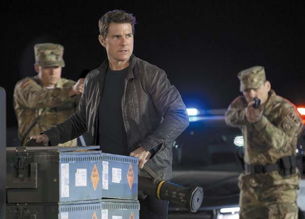"Tom Cruise stars in ""Jack Reacher: Never Go Back"" Paramount Pictures photo via AP"