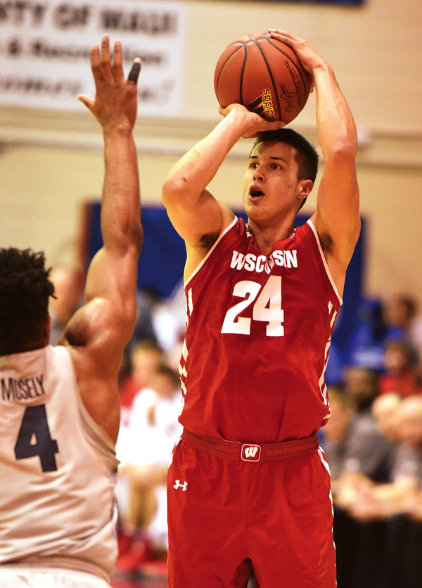 Bronson Koenig of Wisconsin goes up for a shot in Tuesday's game. The Maui News / MATTHEW THAYER photo