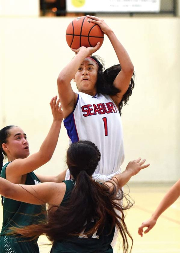Seabury Hall's Anaulei Tuivai shoots during the third quarter of the Spartans' 47-36 victory over Molokai on Thursday night at Erdman Athletic Center. The Maui News / MATTHEW THAYER photo
