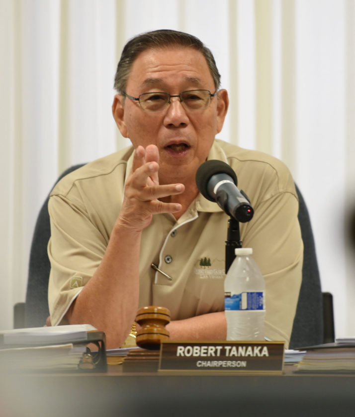 Liquor Control Commission Chairman Ro-bert Tanaka explains the commission would not take public testimony Wednesday on the commission's new rules allowing the retail sale of alcohol without blackout periods. * The Maui News / MATTHEW THAYER photo