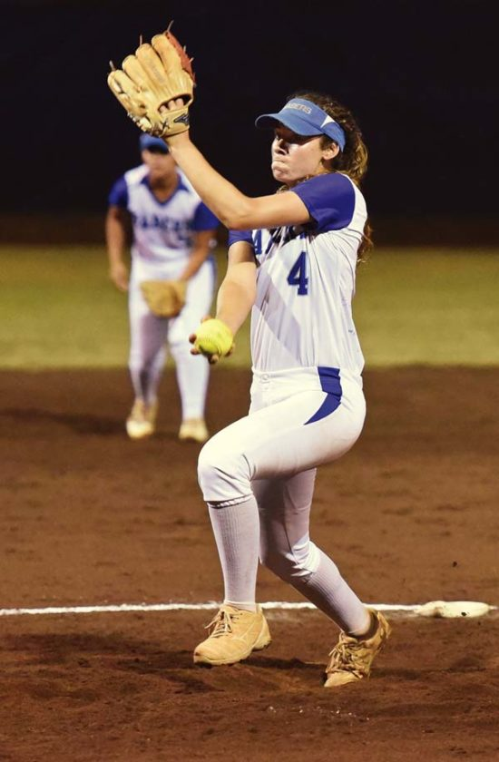 Cira Bartolotti of Maui High School pitches during the second inning Thursday. The Maui News / MATTHEW THAYER photo