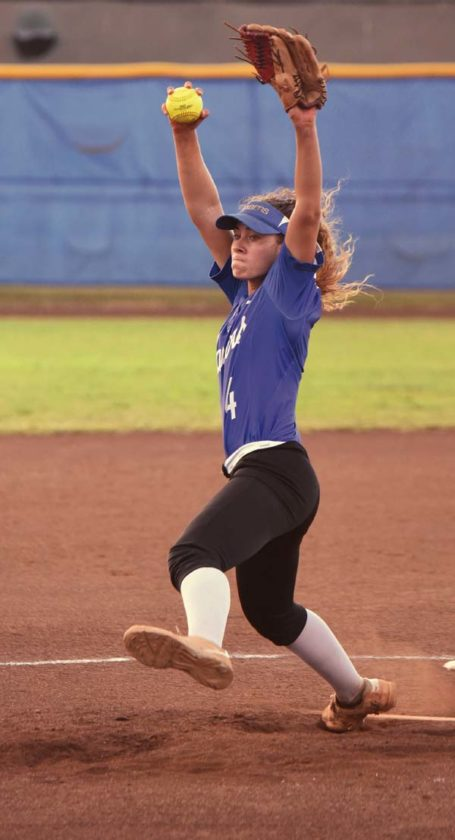 The Sabers' Cira Bartolotti pitches during the fifth inning. The Maui News / MATTHEW THAYER photo