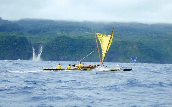 Kamakani Eleu (foreground) and Tui Tonga sail off the Hana coast. SPENCER BOOMER photo