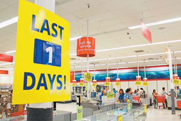 A sign inside the Kmart on Dairy Road in Kahului indicates the store's final day of business Sunday. Dozens of loyal shoppers came in to snag some last-minute deals. Many said they were sad to bid farewell to Kmart, which was the first big-box store to open on Maui. The Maui News / COLLEEN UECHI photo