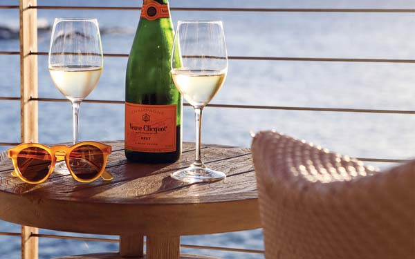 Veuve Clicquot champagne; Montage Kapalua Bay photo