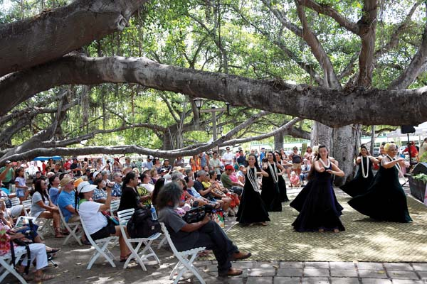 Emma Farden Sharpe Hula Festival under the Lahaina banyan tree, photo by Hideharu Yoshikawa.